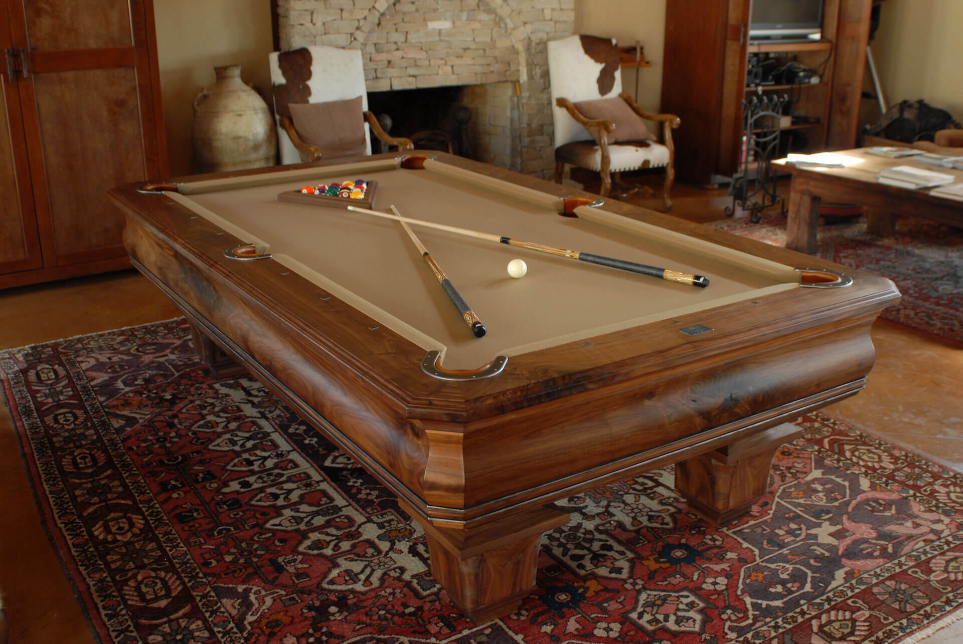 south-western-pool-table-walnut-clipped