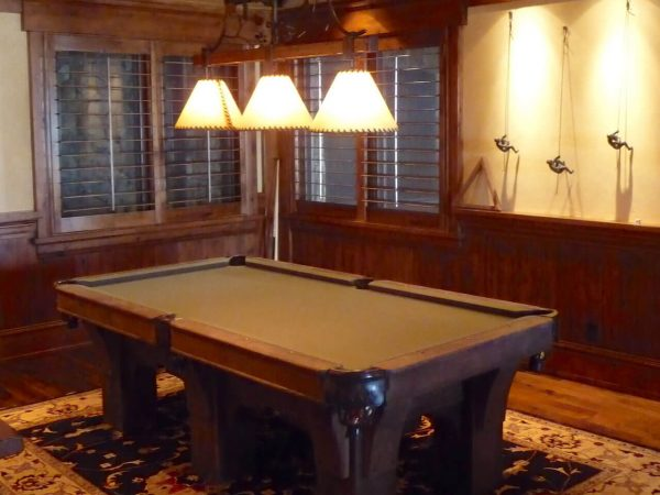 craftsman-pool-table-walnut-gameroom