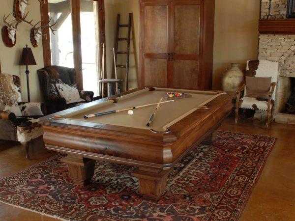western-decor-pool-table-walnut